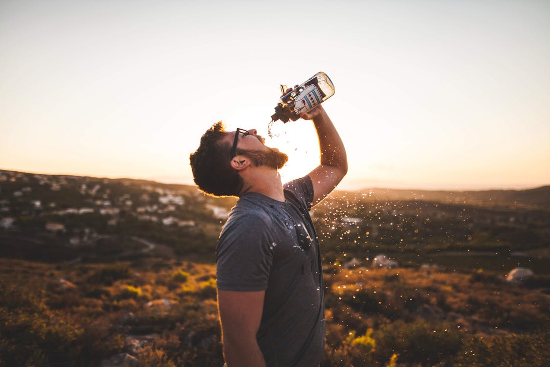 how dehydration affects mood